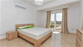 Image No.16-Villa / Détaché de 4 chambres à vendre à Kokkines