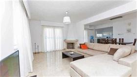 Image No.1-Villa / Détaché de 4 chambres à vendre à Kokkines