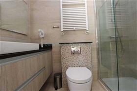 Image No.24-7 Bed Villa for sale