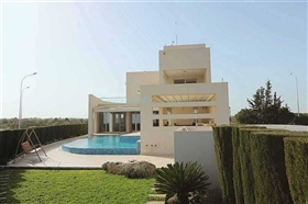 Image No.5-7 Bed Villa for sale