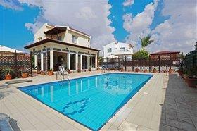 Image No.10-Villa / Détaché de 2 chambres à vendre à Ayia Thekla