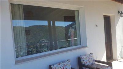 2nd floor terrasse 2