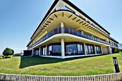 Golf-Resort---8-