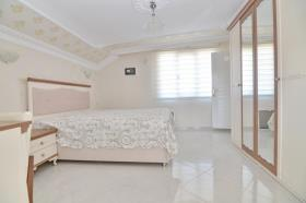 Image No.22-4 Bed Duplex for sale