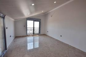 Image No.26-4 Bed House/Villa for sale