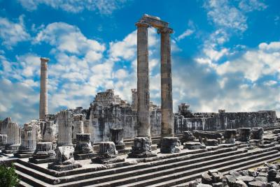 view-of-Temple-of-Apollo-in-antique-city-of-Didyma-in-didum-1-