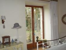 Image No.8-6 Bed House for sale