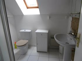 Image No.22-5 Bed Cottage for sale
