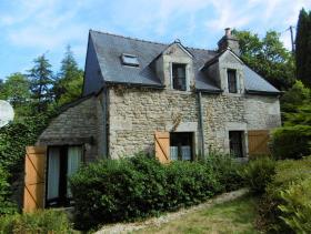 Malguénac, Cottage