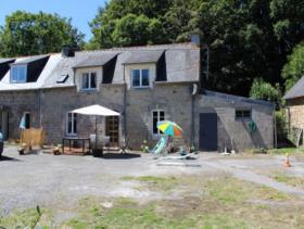 Lescouet-Gouarec, Cottage