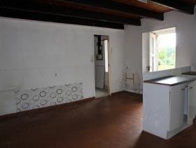 Image No.4-Chalet de 2 chambres à vendre à Maël-Pestivien
