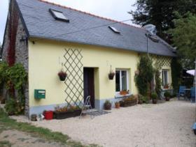 Roudouallec, Cottage