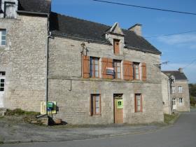 Guégon, House