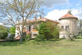 Apt, House/Villa
