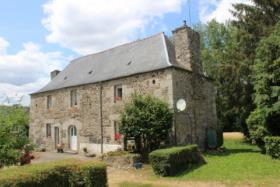 Saint-Nicolas-du-Pelem, Farmhouse