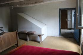 Image No.14-3 Bed Farmhouse for sale