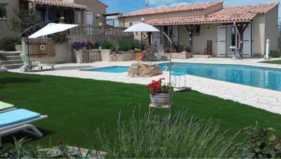 outside-pool