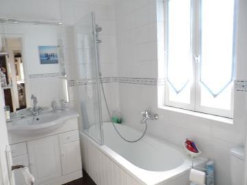 Downstairs-Bathroom-2