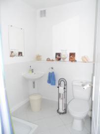 Gite-Shower-room