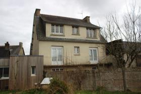 Image No.0-Maison de 7 chambres à vendre à Plounevez-Quintin