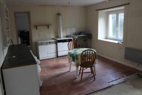 Image No.2-Chalet de 1 chambre à vendre à Plougonver