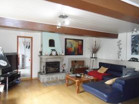 Image No.5-Maison de village de 2 chambres à vendre à Barenton