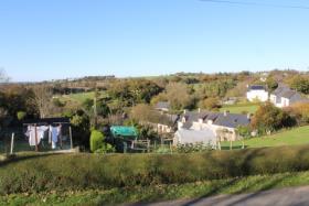 Image No.1-Chalet de 2 chambres à vendre à Locarn