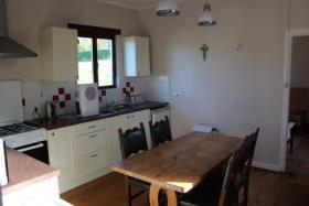 Image No.2-Chalet de 2 chambres à vendre à Locarn