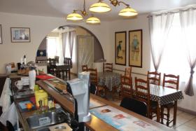 Image No.3-3 Bed Bar for sale