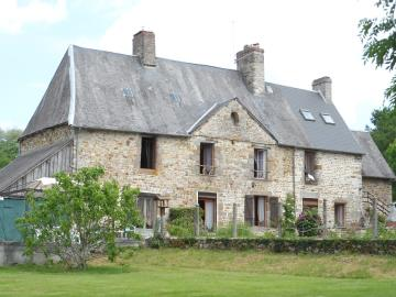 1 - Mortain, Country House