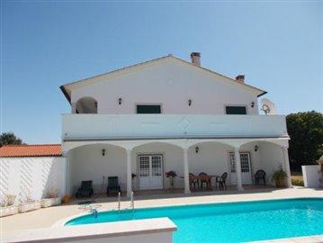 Luxury Villa Penela (70)