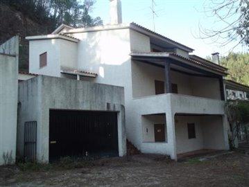 1 - Ferreira do Zêzere, House
