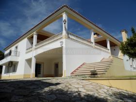 Image No.1-Villa de 4 chambres à vendre à Tomar