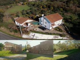 1. 6 Bed Country Property for sale
