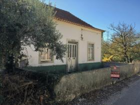 1. 3 Bed Country House for sale