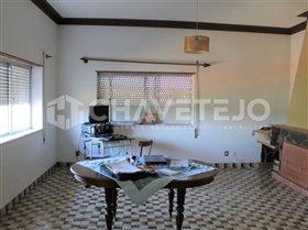 Image No.10-Commercial de 4 chambres à vendre à Carregueiros