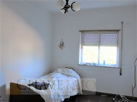 Image No.17-Commercial de 4 chambres à vendre à Carregueiros