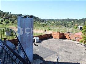 Image No.22-Commercial de 4 chambres à vendre à Carregueiros