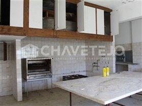 Image No.26-Commercial de 4 chambres à vendre à Carregueiros