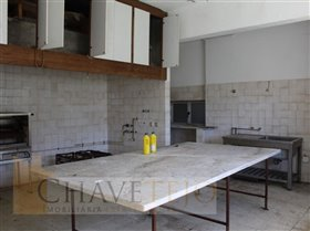 Image No.27-Commercial de 4 chambres à vendre à Carregueiros