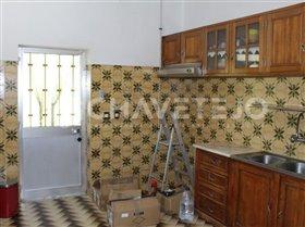 Image No.7-Commercial de 4 chambres à vendre à Carregueiros