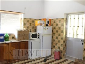 Image No.8-Commercial de 4 chambres à vendre à Carregueiros