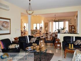 Image No.2-6 Bed House/Villa for sale