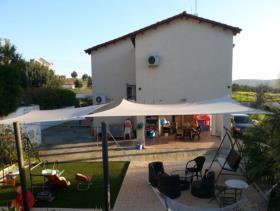 Image No.2-Villa de 4 chambres à vendre à Pyrgos