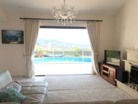 Image No.9-Maison / Villa de 4 chambres à vendre à Peyia