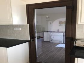 Image No.7-Maison / Villa de 4 chambres à vendre à Peyia