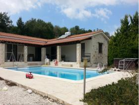 Image No.1-Maison / Villa de 3 chambres à vendre à Polemi