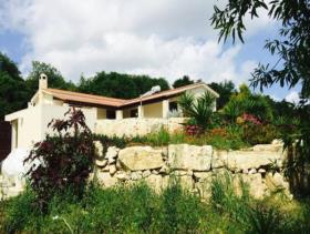 Image No.3-Maison / Villa de 3 chambres à vendre à Polemi