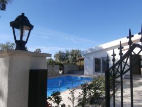 Image No.1-Maison / Villa de 4 chambres à vendre à Coral Bay