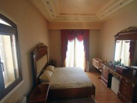 Image No.4-7 Bed Mansion for sale